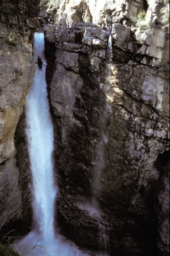 tao_world_record_waterfall_lg_500